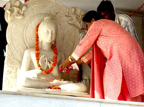 Behan Mayawati paid tribute to Lord Buddha on Buddha Purnima