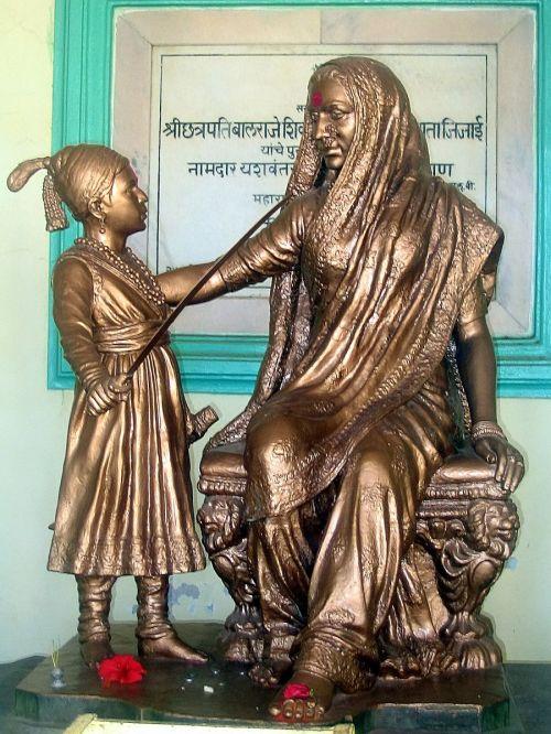Shivaji_jijamata